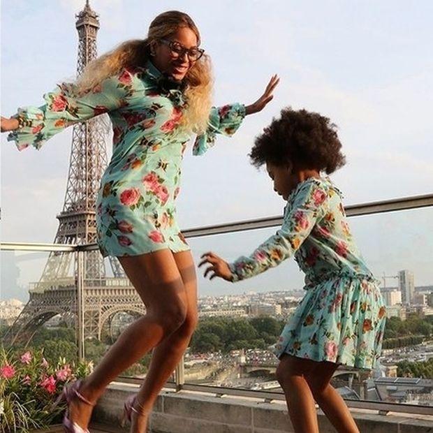 Η Beyoncé πέρασε τις διακοπές της σε ένα διαμέρισμα με θέα τον Πύργο του Άιφελ . Δες το!