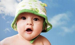 Καύσωνας και βρέφη: Πώς να τα προστατεύσετε από τη ζέστη