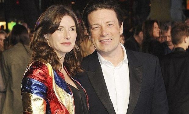 Jamie Oliver: Η γυναίκα του γέννησε το πέμπτο τους παιδί! Δείτε την πρώτη φωτογραφία του μωρού