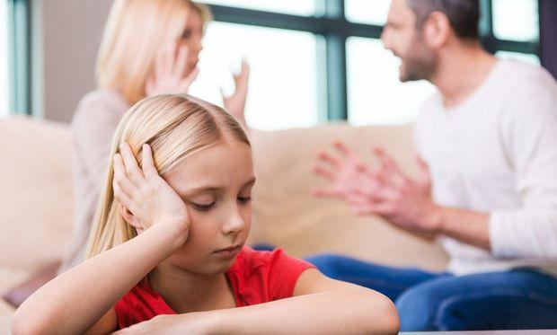 Παιδί και ψυχολογία: 5 πράγματα που θέλουν τα παιδιά χωρισμένων γονιών