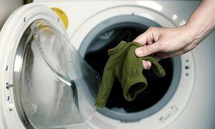 Μίκρυνε το αγαπημένο T-shirt σας στο πλυντήριο; Υπάρχει λύση! (βίντεο)