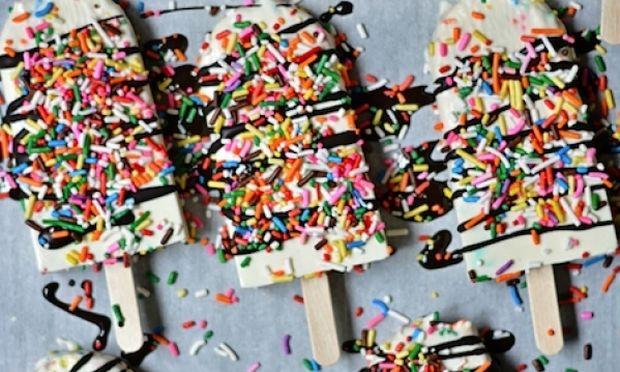 Πανεύκολο σπιτικό παγωτό με γιαούρτι!