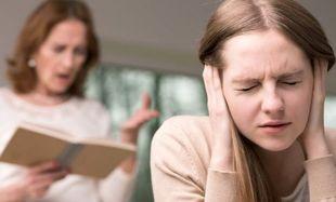 Αποτελέσματα εξετάσεων: Τι λένε οι γονείς στα παιδιά και τι εννοούν στην πραγματικότητα