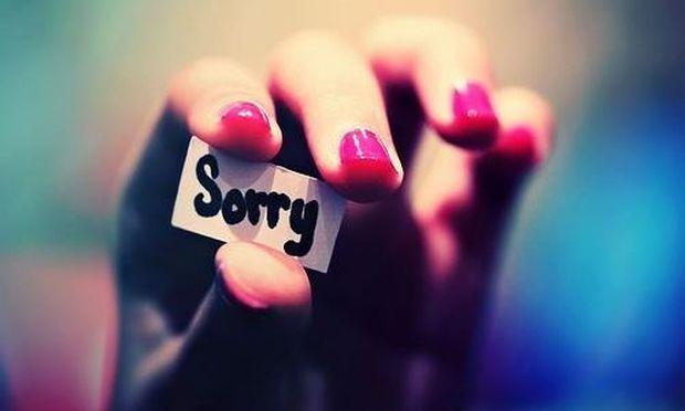«Κορίτσια της συγγνώμης…», γράφει ο Νίκος Συρίγος