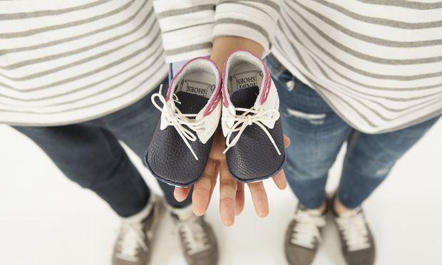 Παπούτσια για μωρά: Όλα όσα πρέπει να γνωρίζετε για να διαλέξετε τα πρώτα του παπούτσια