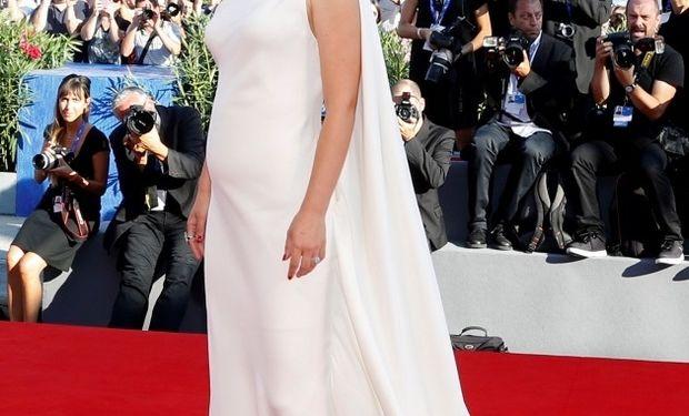 Έγκυος για δεύτερη φορά η δημοφιλής ηθοποιός