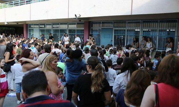 Το κουδούνι στα σχολεία χτύπησε και το Mothersblog ήταν εκεί και σας μεταφέρει το κλίμα (φωτό και βίντεο)