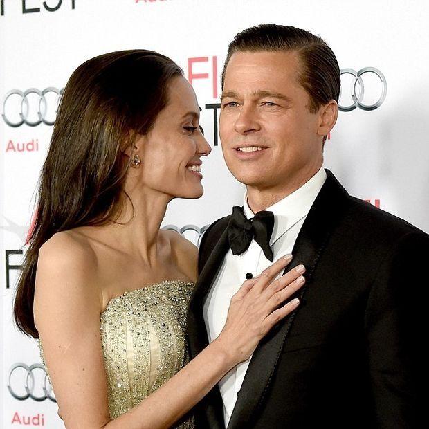 Αυτή τη στάση δεν τη περιμέναμε: Η Αngelina Jolie στο πλευρό του Brad Pitt