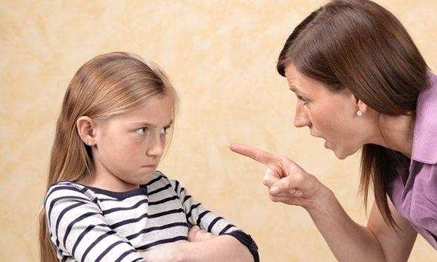 Νευρικό και ανυπάκουο παιδί: Γιατί οι φωνές των γονιών δεν βοηθούν