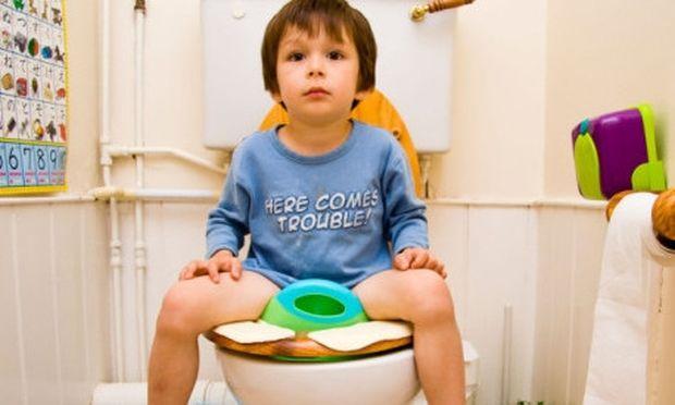 Δυσκοιλιότητα στα παιδιά και τα μωρά: Τι να κάνετε για να την καταπολεμήσετε