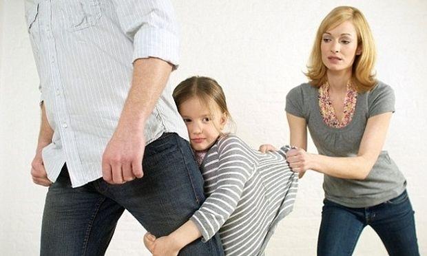 Διαζύγιο και παιδί: Τι οφείλουν να κάνουν οι χωρισμένοι γονείς