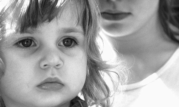 Tα παιδιά σε ανάδοχες οικογένειες έχουν περισσότερα ψυχικά προβλήματα