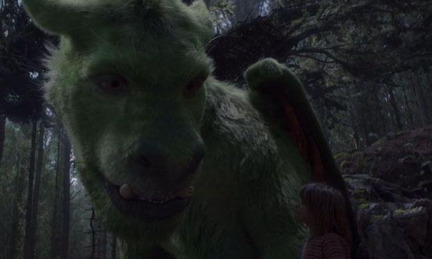 Αυτός είναι ο Έλιοτ, ο δράκος που θα αγαπήσουν όλα τα παιδιά (αποκλειστικό κλιπάκι)
