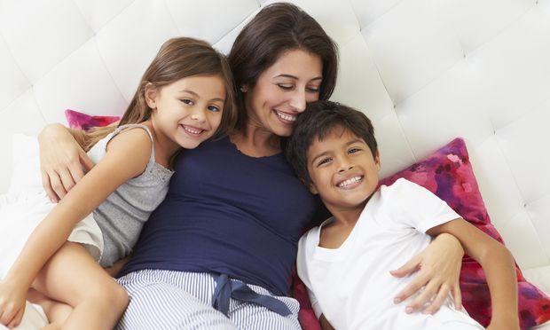 Εμμηνόπαυση και περίοδος: Πότε σταματά η περίοδος και σε ποια ηλικία