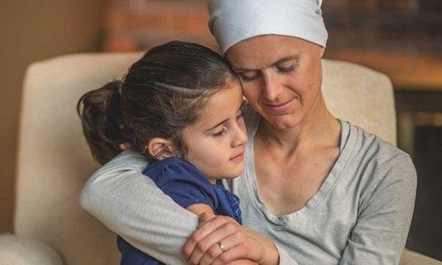 «Η μαμά έχει καρκίνο του μαστού»-Πώς μιλάς στα παιδιά ηλικίας 6-11 ετών για την ασθένεια σου