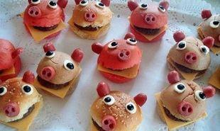 Φαγητό για πάρτι: Burgerακια γουρουνάκια για το παιδικό πάρτι του παιδιού σας