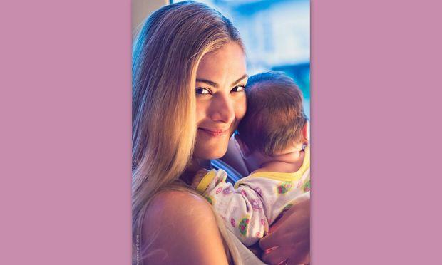 Despoina's little stories: «Τρεις εγκυμοσύνες, δύο παιδιά…»