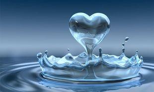 Εχετε σκεφτεί πόσα οφέλη θα έχετε αν πίνετε μόνο νερό;