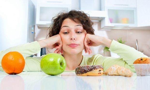 Μύθος ή αλήθεια: Μπορώ να πάρω ή να χάσω κιλά όταν έχω περίοδο;