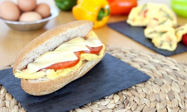 Διατροφή και παιδί: Σάντουιτς με ψητή ομελέτα λαχανικών και τυρί