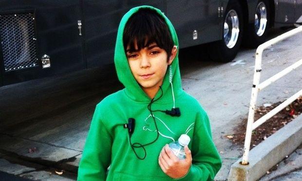 Δεν θα πιστεύετε ποιος πασίγνωστος ηθοποιός είναι ο πατέρας αυτού του αγοριού! (pics)