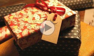Αυτός είναι ο πιο εύκολος τρόπος για να τυλίξετε τα χριστουγεννιάτικα δώρα σας (βίντεο)