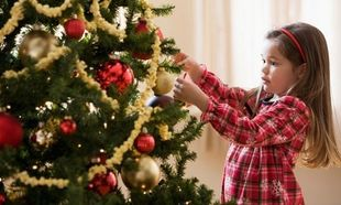 Safe tips: Στολίστε με ασφάλεια για γιορτές χωρίς απρόοπτα