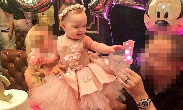 Η κόρη τους έγινε ενός και το γιόρτασαν με ένα πάρτι υπερπαραγωγή. Δείτε εικόνες