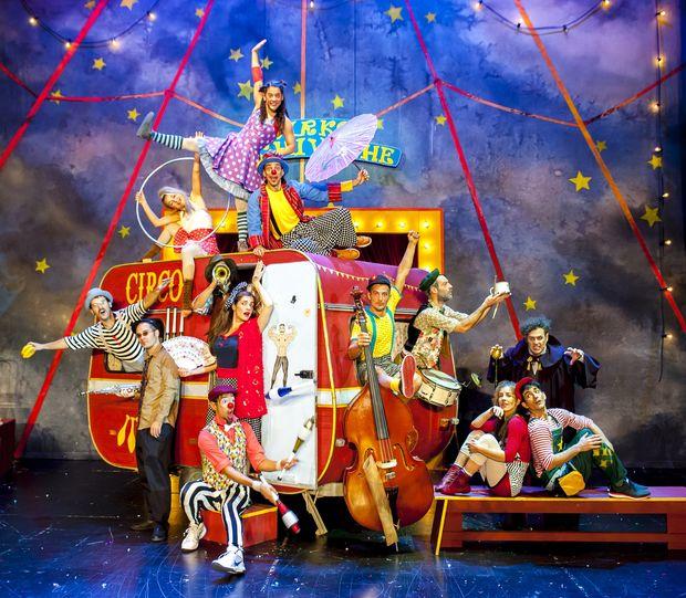 Το Τσίρκο Cachivache Παρουσιάζει: «Το όνειρο της Μόλυ»