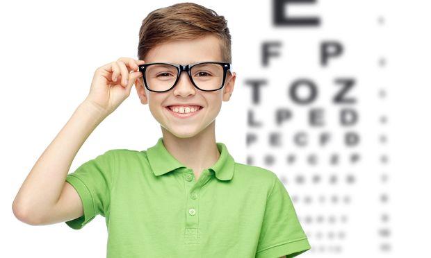 Πότε είναι η ώρα το παιδί μου να φορέσει φακούς επαφής;