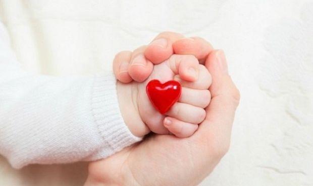 Μια ηρωίδα πέντε μηνών, μας θέλει πλάι της! Γράφει ο Νίκος Συρίγος