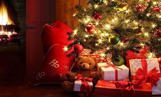 Τι συμβολίζουν άραγε τα Χριστούγεννα για τον καθένα μας και για όλους μας ταυτόχρονα;