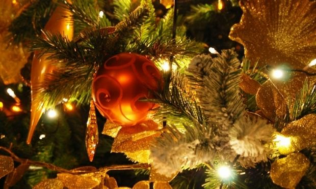 Τι συμβολίζει ο στολισμός του χριστουγεννιάτικου δέντρου;