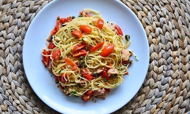 Συνταγή για σπαγγέτι με τόνο και τσίλι