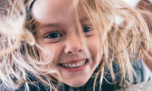 Μικρά μυστικά για να φροντίζετε σωστά τα μαλλιά των παιδιών σας