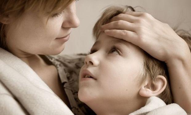 Ίωση χωρίς τη φροντίδα τη μαμάς δεν περνάει
