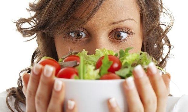 Θέλετε να χάσετε βάρος; Σταματήστε να τρώτε μετά τις 2 το μεσημέρι!