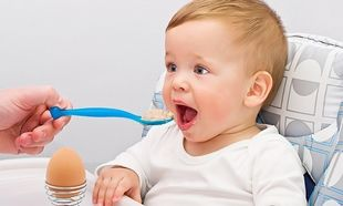 Πότε πρέπει το μωρό να ξεκινήσει το αβγό;