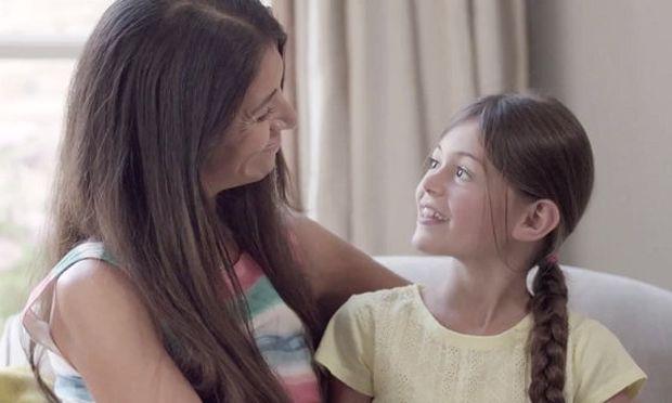 4 ερωτήσεις που πρέπει να κάνετε στο παιδί σας κάθε μέρα