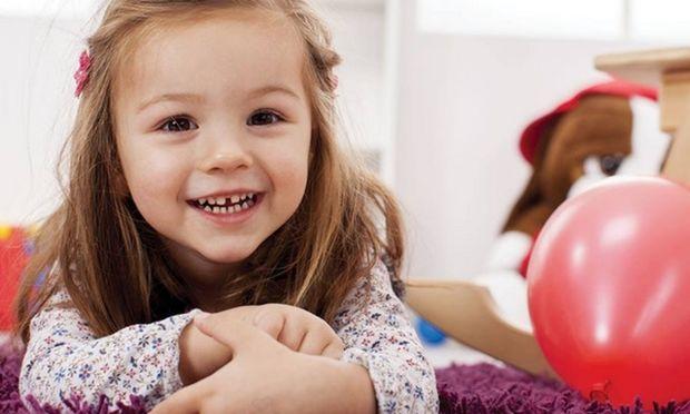 Πώς να ανανεώσετε εύκολα και οικονομικά τη γκαρνταρόμπα των παιδιών σας