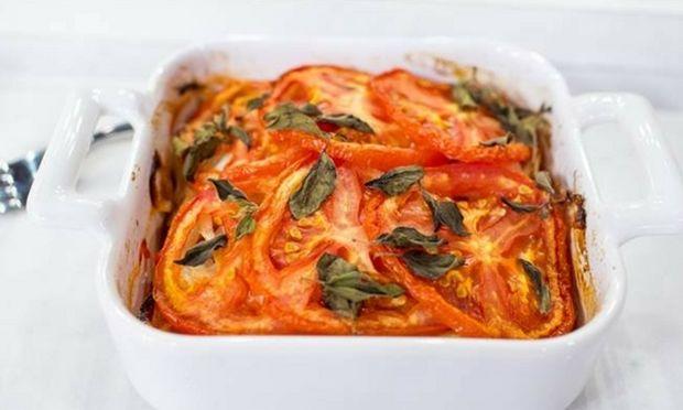 Συνταγή για φασόλια γίγαντες στο φούρνο με ντομάτα και θυμάρι