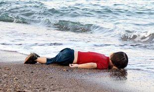 «Γροθιά» στο στομάχι τα στοιχεία της UNICEF για τα νεκρά προσφυγόπουλα στις ακτές της Ευρώπης