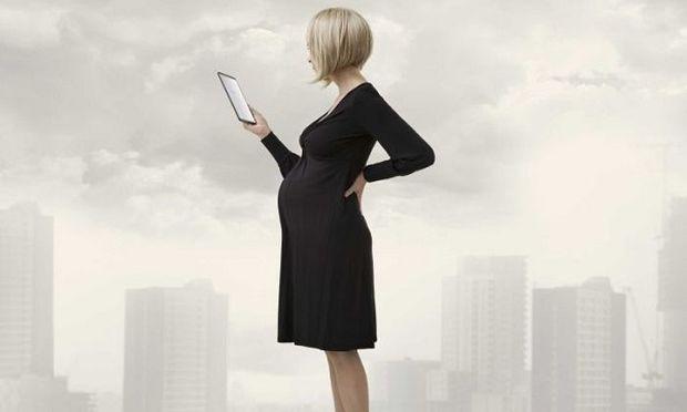 Εγκυμοσύνη και ρούχα: Τι πρέπει να έχετε στο μυαλό σας πριν αγοράσετε ρούχα εγκυμοσύνης