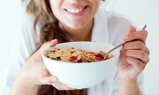 Αυξήστε το μεταβολισμό σας και χάστε κιλά τρώγοντας δημητριακά ολικής άλεσης