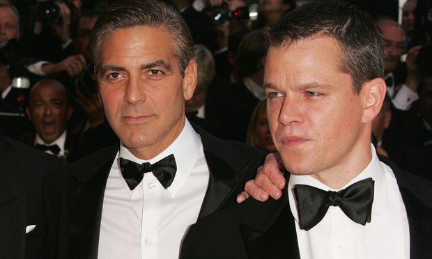 O G. Clooney επιβεβαίωσε την εγκυμοσύνη της Amal στον Matt Damon. Τι του είπε και φώναξε «Είσαι τρελός;»
