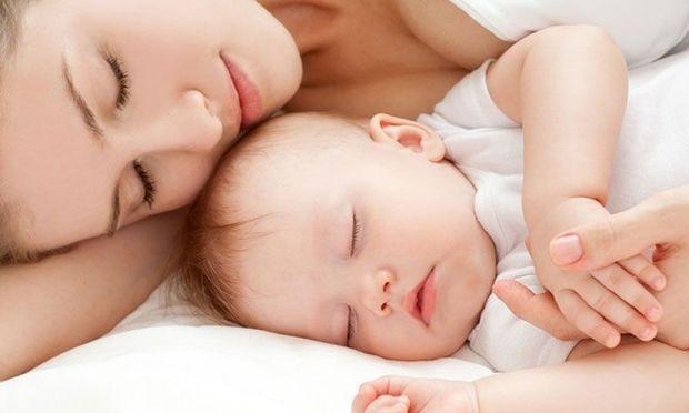 Τι είναι μητρότητα; 16 φράσεις δίνουν την απάντηση