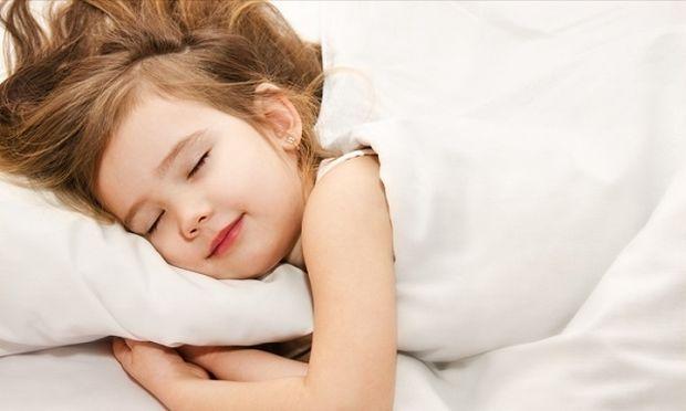 Ο μεσημεριανός ύπνος ωφελεί όλα τα παιδιά;