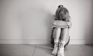 10 λέξεις που μπορείτε να πείτε στο παιδί σας αντί για το «Μην κλαις»