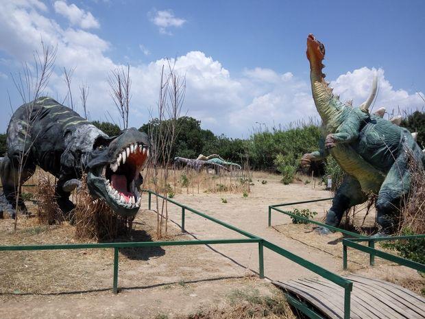 Ο Τυρρανόσαυρος Ρεξ και η παρέα του στο «Πολιτιστικό Πάρκο»