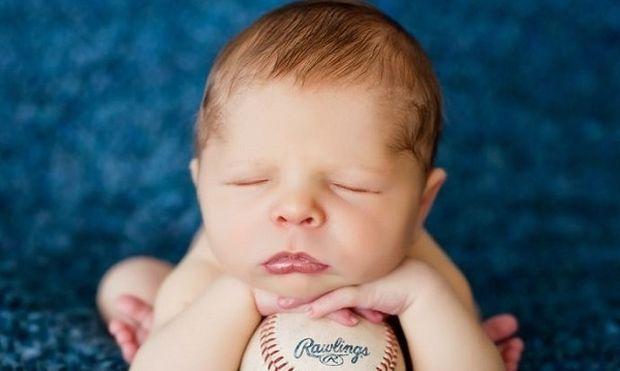 8 διασκεδαστικά πράγματα που μπορείτε να κάνετε με το νεογέννητό σας